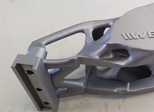 Industrial 3D printing - metal - additive Manufacturing - Topology - Additive Center